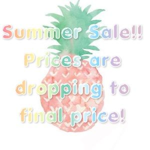 Handbags - Anything with a 🍍 is lower to final sale price!